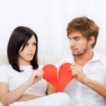 忘不了舊情人,超過六成網友仍持續關注舊情人FB動態