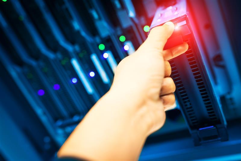 最近出現了一個專門攻擊 QNAP 品牌網路儲存 (NAS) 裝置的勒索病毒/勒索軟體 (家族
