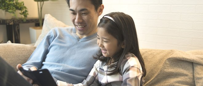 「再玩一下下就好」給孩子手機前要做的幾件事